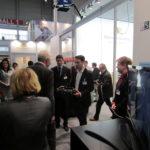 Winfried Kretschmann, Hannover Messe, 3D, Immersive Visualisierung, 6 Freiheitsgrade, Videobrille, Virtuelle Realität, 3D-Showroom, Räumliches Sehen, Immersion, ZEISS Cinemizer, mobile CAVE, portable CAVE, Raumgefühl, virtuelle Produktpräsentation, Planungsvisualisierung